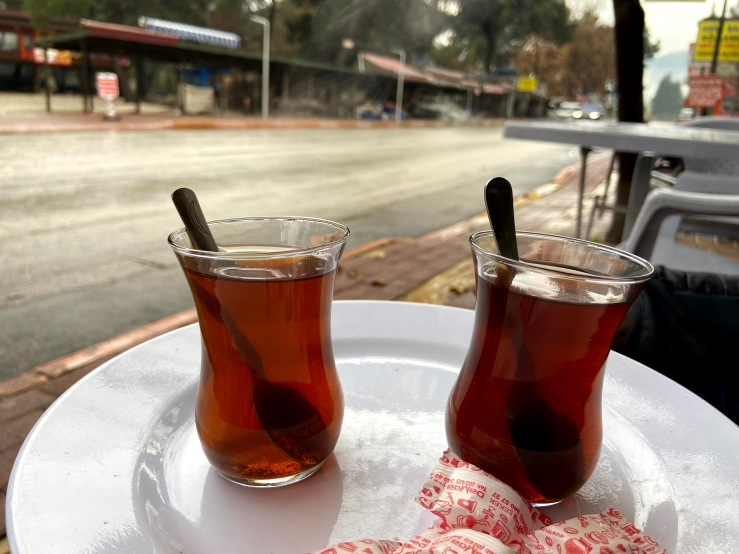 Two black teas in hourglass shaped glasses, the Turkish way.
